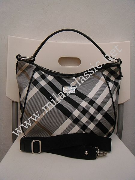 SOLD(已售出)-Burberry Blue Label Shoulder Sling Bag(Made In Japan ... d0f73d61ab01d