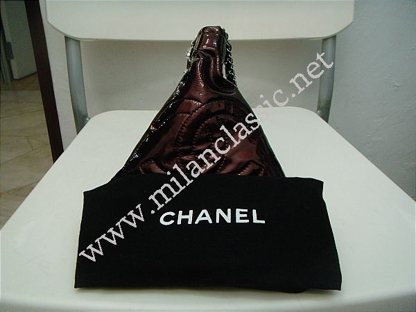 a777a6652dea SOLD(已售出)Chanel Candy-Like Triangle Patent Leather Clutch