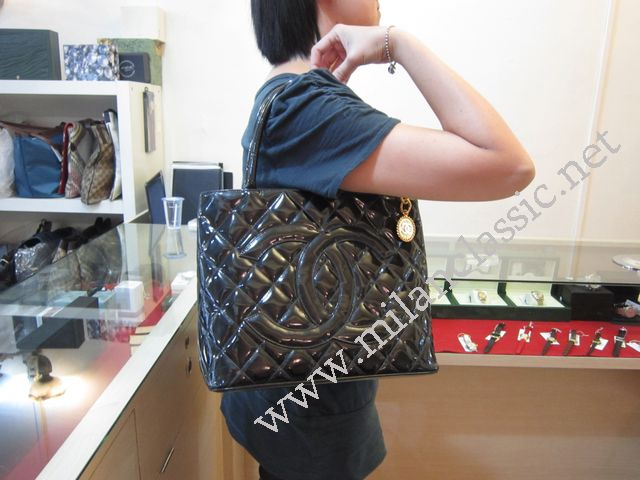 a bag image black click chanel silver tote larger version with hardware for lollipuff medallion caviar the
