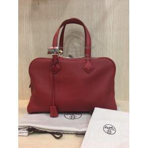 "HERMES Victoria II Tote Bag In Red Tourillon Clemence Leather ""Q"""