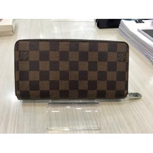 SOLD - LV Damier Zippy Wallet (Hot-Stamping)