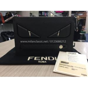 NEW - FENDI Clutch In Black Roman Leather