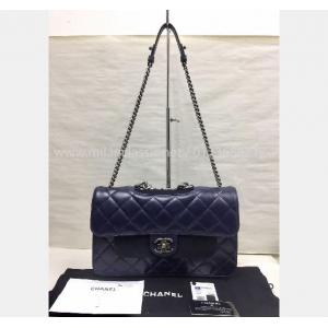 NEVER BEEN USE - CHANEL Navy Blue Leather Ruthenium Hardware Flap Bag