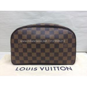 NEW - LV Damier Toiletry Bag 25