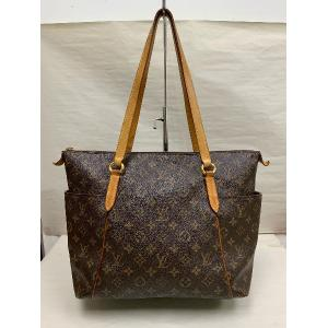 SOLD - LV Monogram Totally MM