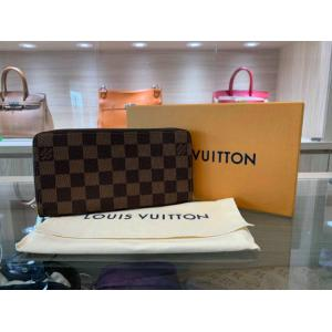 NEW - LV Damier Rose Ballerine Zippy Wallet