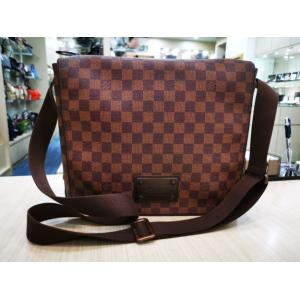 LV Damier Brooklyn MM Messenger Bag