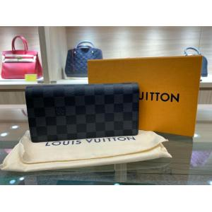 NEW - LV Damier Graphite Brazza Wallet