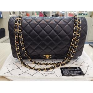 CHANEL Classic Double Flap Maxi Jumbo Lambskin Black Leather with Gold Hardware